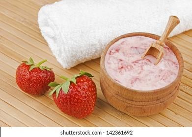 Homemade facial mask of strawberry and cream