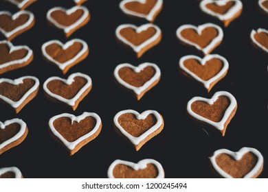 homemade gingerbread heart with sugar frame