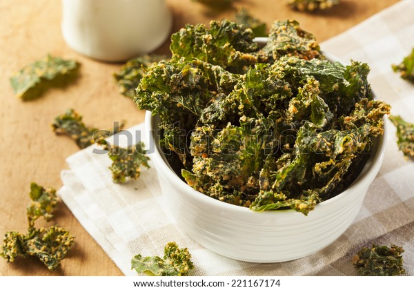Homemade Green Kale Chips with Vegan Cheese