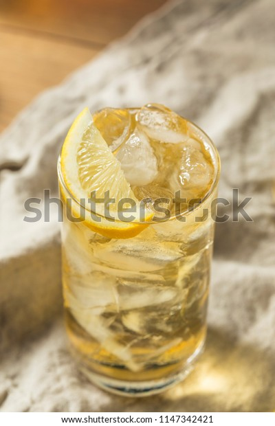 Homemade Seven and Seven Whiskey HIghball with Lemon