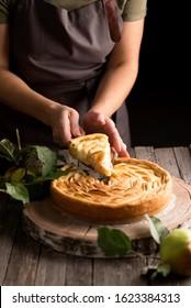 Homemade sour cream apple pie