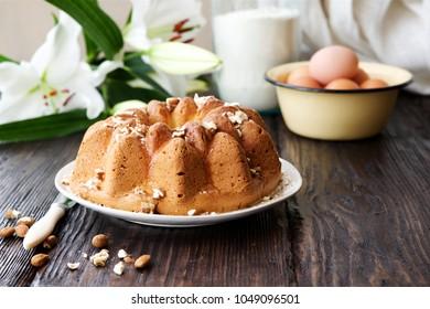 Homemade vanilla brioche with glaze and nuts