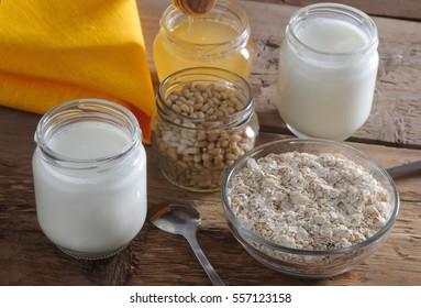 Homemade yogurt with cedar nuts, oatmeal and honey