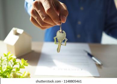 Landlord Tenant Images, Stock Photos & Vectors | Shutterstock