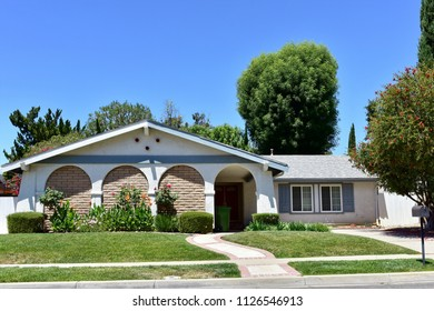Homes and estates in the City of Agoura Hills, California.