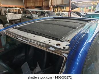 honda jazz modify insert sunroom in garage at Lam Luk Ka, Thailand 1 May 2019