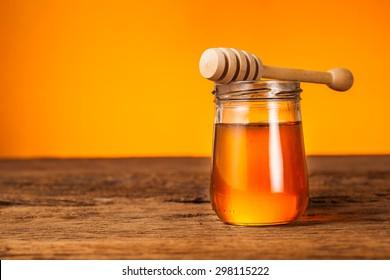 honey bottle with honey dipper