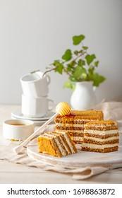 honey cake with cream filling