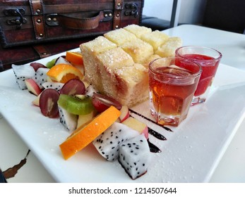 Honey Tost ,  Fruits And Bread