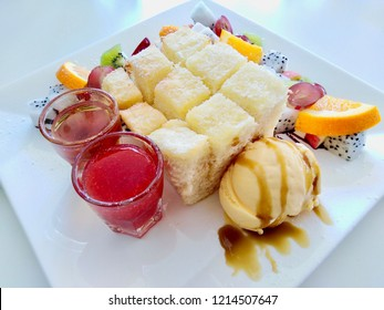 Honey Tost , Ice Cream , Fruits And Bread