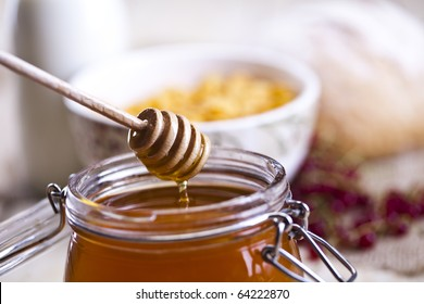 Honey and variety of bread