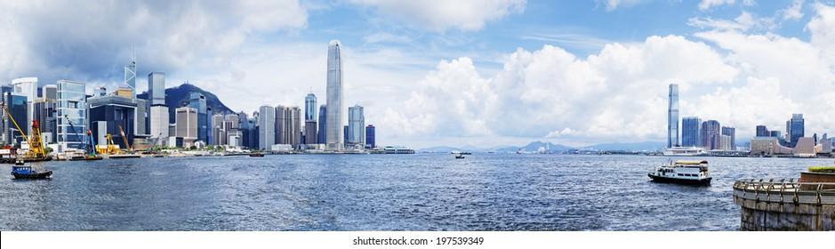 Hong Kong harbour , Wan Chai Waterfront Promenade