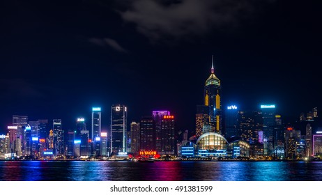 Hong Kong - November , 2015 : The Victoria Barbour in Hong Kong is world-famous for its dramatic panoramic night view.