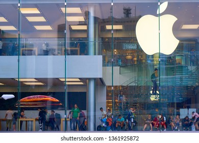 HONG KONG - OCTOBER 14, 2018: Apple store in the big shopping mall.