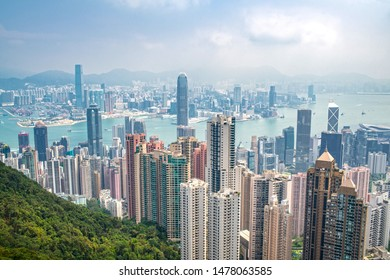 Hong Kong Skyline from Victoria Peak in the daytime on a sunny day.