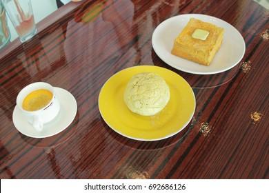 the Hong Kong style food set.Teatime