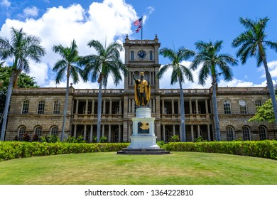 Honolulu, Hawaii June 10, 2018: King Kamehameha The Great Statue at Aliʻiolani Hale Honolulu, Oahu, Hawaii
