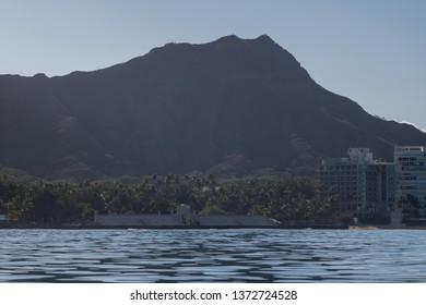 Honolulu, Hawaii, USA.  Apr. 17, 2019.  Ocean view of the Waikiki Natatorium and Swim Stadium with Diamond Head in the background.