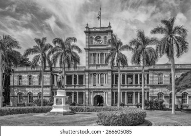 Honolulu, Hawaii, USA, April 5, 2015:  King Kamehameha Statue stands outside the main courthouse in downtown Honolulu Hawaii.  King Kamehameha united the islands of Hawaii over a century ago.