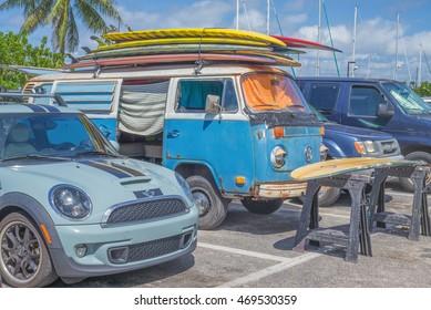 96ab1928f2 Honolulu Road Images