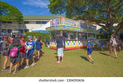 Honolulu, Hawaii, USA.  Feb 5, 2019.   Families enjoying the Punahou School Carnival.