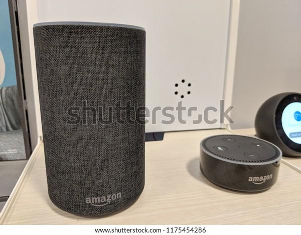 Black Smart Assistant 2nd Generation Amazon Echo Dot