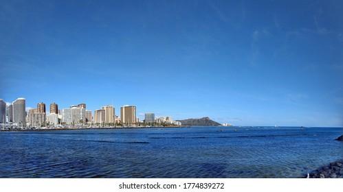 The Honolulu skyline and horizon