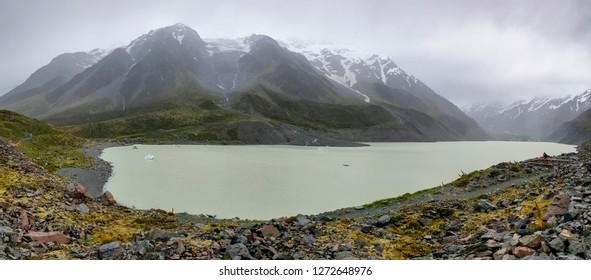 Hooker Valley Glacier Lake with Icebergs at Mount Cook, Aoraki, New Zealand, NZ