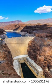Hoover Dam on boarder between Nevada and Arizona