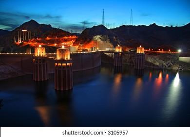 Hoover Dam at twilight
