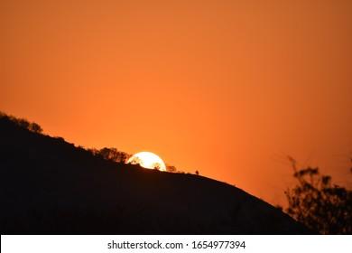Hopi point, Arizona, Usa-the sun is hiding behind a mountain.