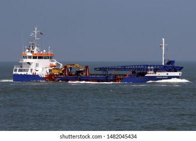 The hopper dredger Middelburg will reach the port of Rotterdam on May 22, 2019.