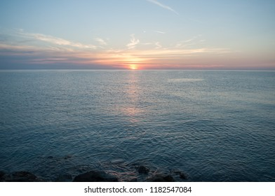 horizon at dawn in Liguria