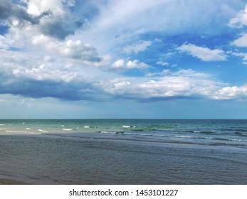 Horizon of the sea and Beautiful sky at Hua Hin Prachuap Khiri Khan thailand - Shutterstock ID 1453101227