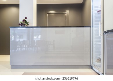 Horizontal view of reception in business building