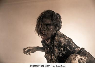 Horror zombie.