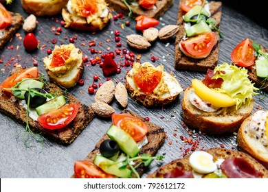 Hors d'oeuvre sandwiches