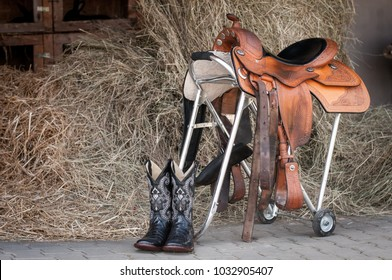 Horse boots with saddle