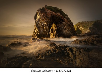 Horse Head Rock at sunrise, Bermagui Australia