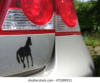 horse on the car