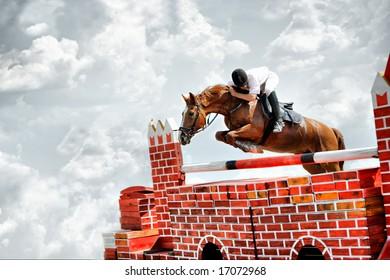 Horse theme: jockeys, horse races, speed.