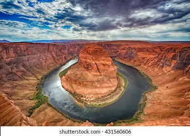 horseshoe bend colorado river at 360 degrees near page arizona