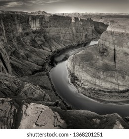 Horseshoe Canyon (Bend) in Black and White