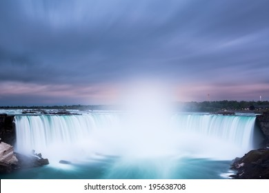 Horseshoe Falls at Niagara Falls viewed from the canadian side.