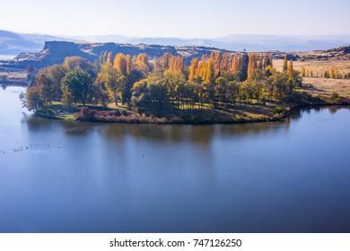 Horsethief lake, WA