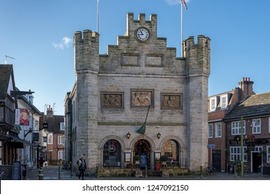 HORSHAM WEST SUSSEX/UK - NOVEMBER 30 : View of the town centre in Horsham West Sussex on  November 30, 2018. Two unidentified people