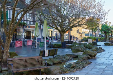 HORSHAM WEST SUSSEX/UK - NOVEMBER 30 : View of the town centre in Horsham West Sussex on  November 30, 2018. Unidentified people