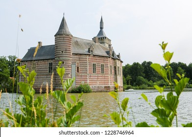 Horst Castle (11th Century) lies near the village of Sint-Pieters-Rode near Leuven, in the province of Flemish Brabant, Belgium.