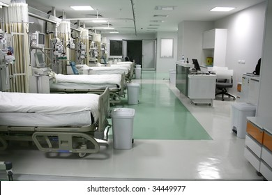 hospital room, intensive care