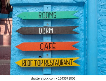 Hostel Dorm Available Rooms Signage in Jodhpur, India